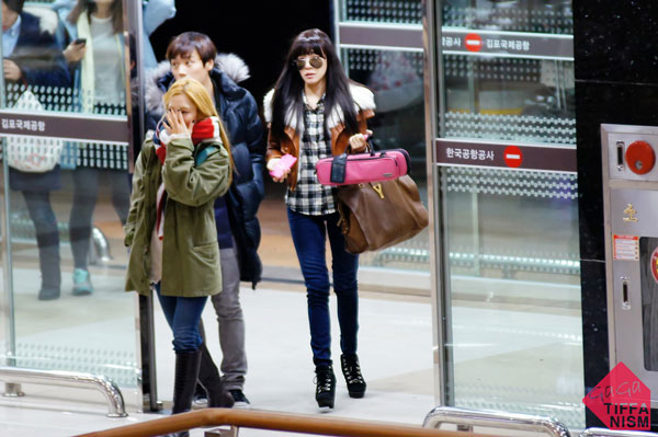 SNSD Tiffany Gimpo Airport December 2011